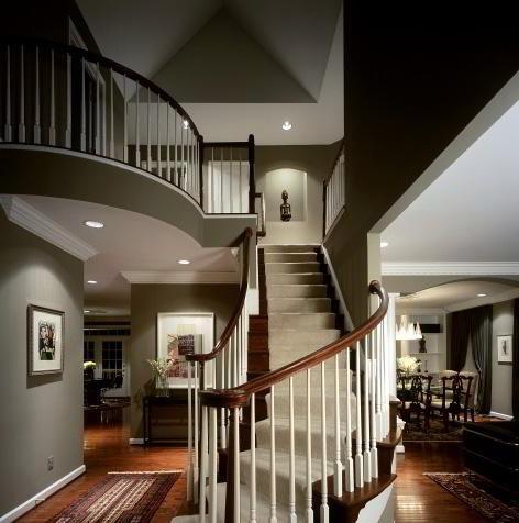 Фото Интерьер холла в особняке, картинка 473x476.